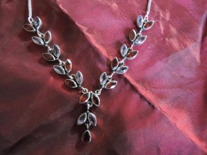 Silberkette Granat und Amethyst